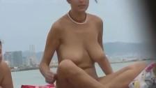 Na Plaży Cycki Się Smaży