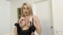 Seksowna Striptizerka Pokazała Swoje Gorące Ciałko