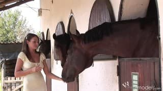 Zara Bardzo Lubi Konie
