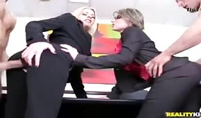 Seks W Ubraniu